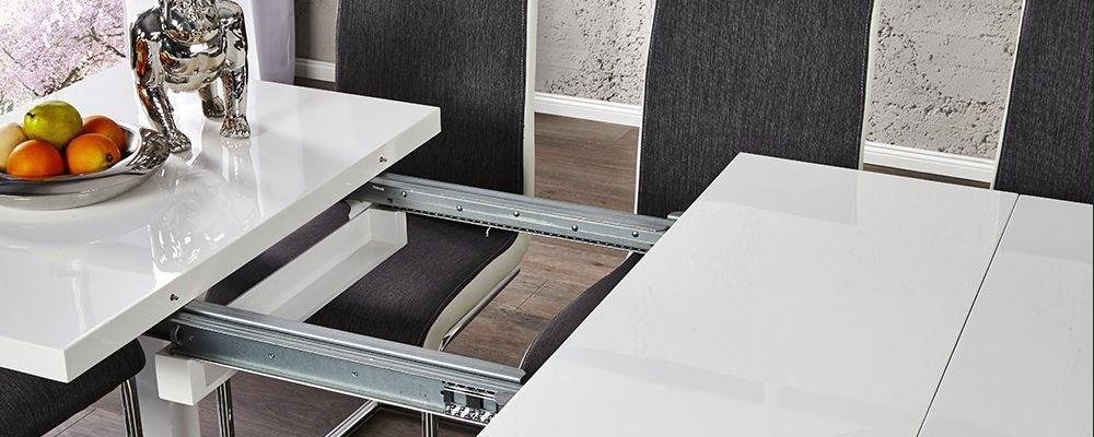 ausziehbarer Esszimmertisch in weiß