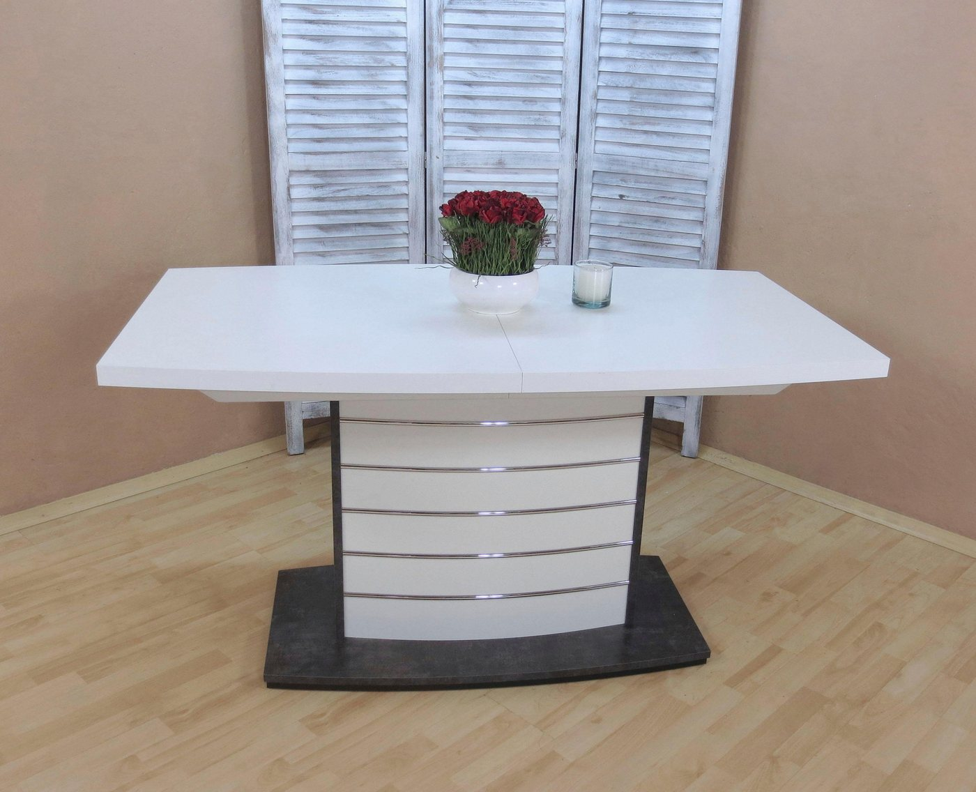 Säulentisch in Bootsform weiß – Esstisch für 6-8 Personen